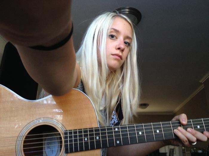 guitar selfie